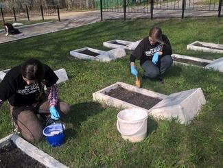 Пензенские поисковики провели субботник на мемориале Митрофаньевского кладбища