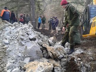 Поисковики Севастополя завершили работы по подъему обломков штурмовика Ил-2 в районе Сапун-горы