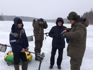 Поисковики Псковской области и Татарстана провели разведку на месте предполагаемой катастрофы советского самолета