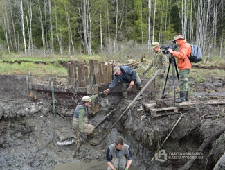 Поисковики тосненского отряда «Беркут» провели экспедицию по подъему бомбардировщика ДБ-3 в Ленинградской области