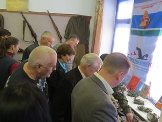 Выставка поисковых находок отряда «Исетская застава» открылась в поселке Мартюш Свердловской области