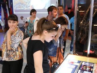 Астраханские поисковики организовали выставку поисковых находок для жителей города