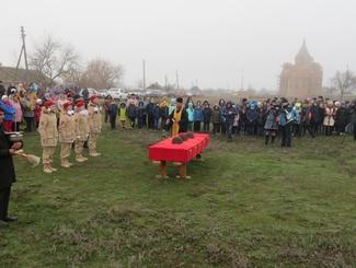 Церемония прощания с 15 погибшими защитниками Отечества состоялась в Волгоградской области