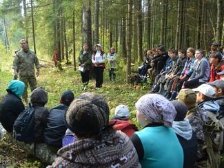 Поисковики экспедиции «Долина» провели Урок мужества для школьников на местах боев Великой Отечественной войны
