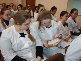 Свердловские поисковики провели памятные мероприятия, посвящённые снятию блокады Ленинграда