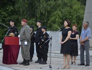 В Республике Алтай похоронили красноармейца, найденного поисковиками в Московской области