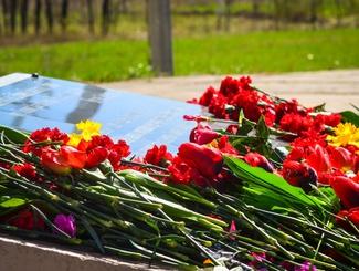 Поисковики Мордовии привели в порядок мемориал в Саранске