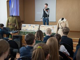Поисковый отряд «Легион» рассказал о своей работе учащимся гимназии No37 Казани