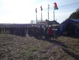 Поисковики подняли останки 17 красноармейцев в первый день «Вахты Памяти» в Смоленской области