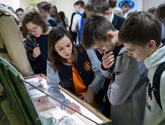 Поисковики Татарстана рассказали о своей работе гостям ярмарки профессий