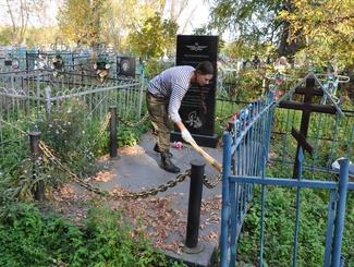 Поисковики Татарстана приводят в порядок воинские захоронения на территории Республики