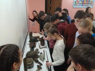 Нижегородские поисковики провели Урок мужества для учеников школы №124
