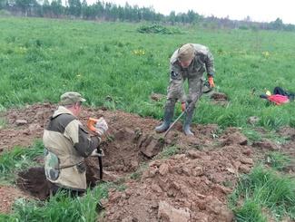 Двух красноармейцев обнаружили московские поисковики в Тверской области