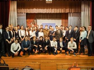 Поисковики Барнаула провели для школьников мероприятия, приуроченные ко Дню Неизвестного солдата