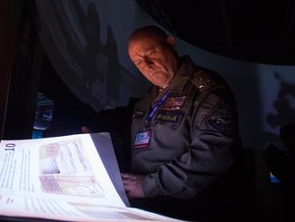 """Посетители выставки """"Имена из солдатских медальонов"""""""